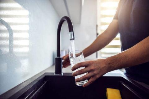 Como cortar diarrea con varios trucos remedios caseros agua